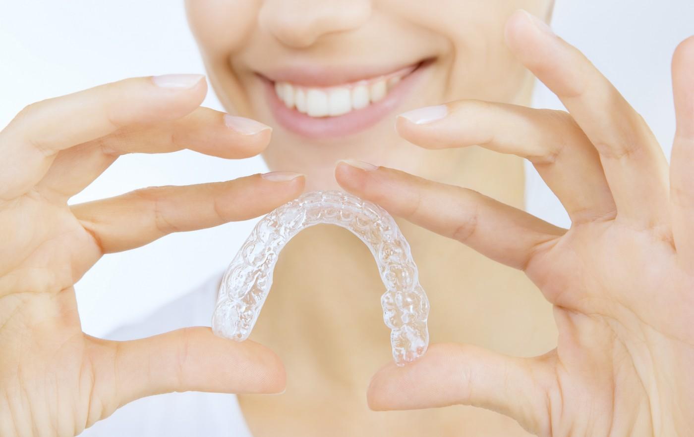 Tipuri de aparat dentar Târgoviște