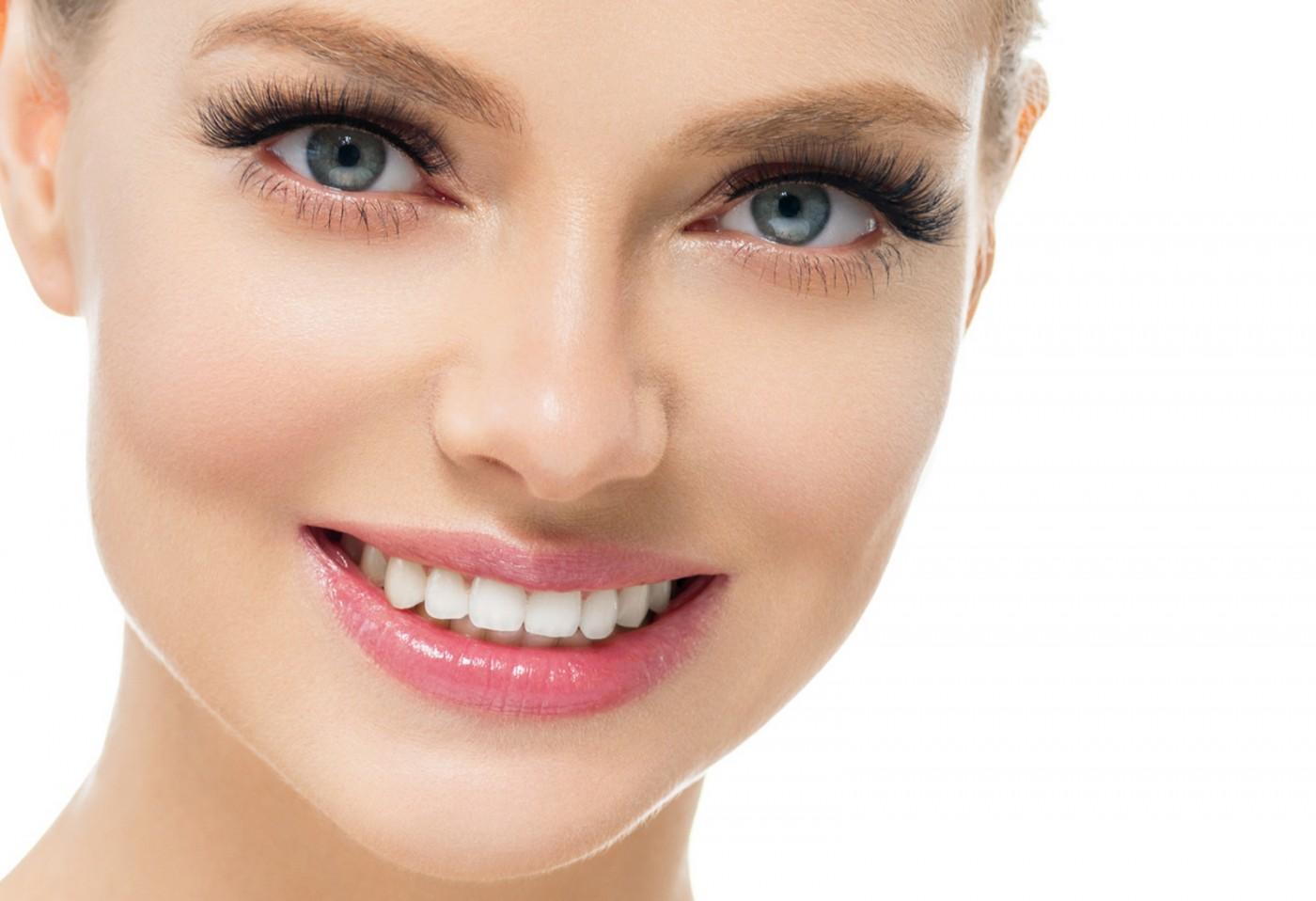Ce are deosebit albirea dentară laser. Stomatologia secolului 21 .