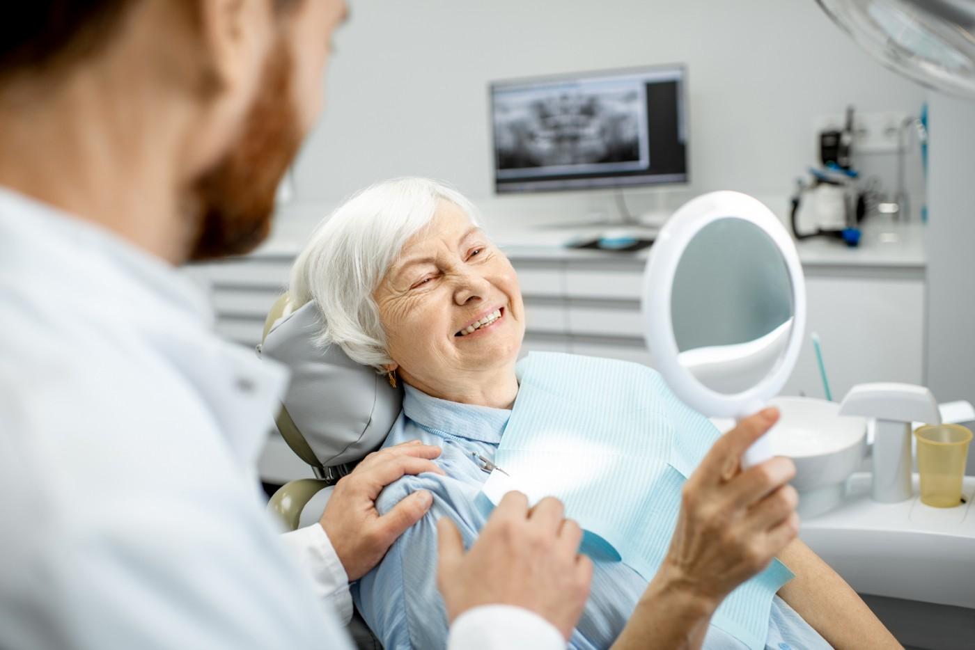 Proteză dentară Târgoviște