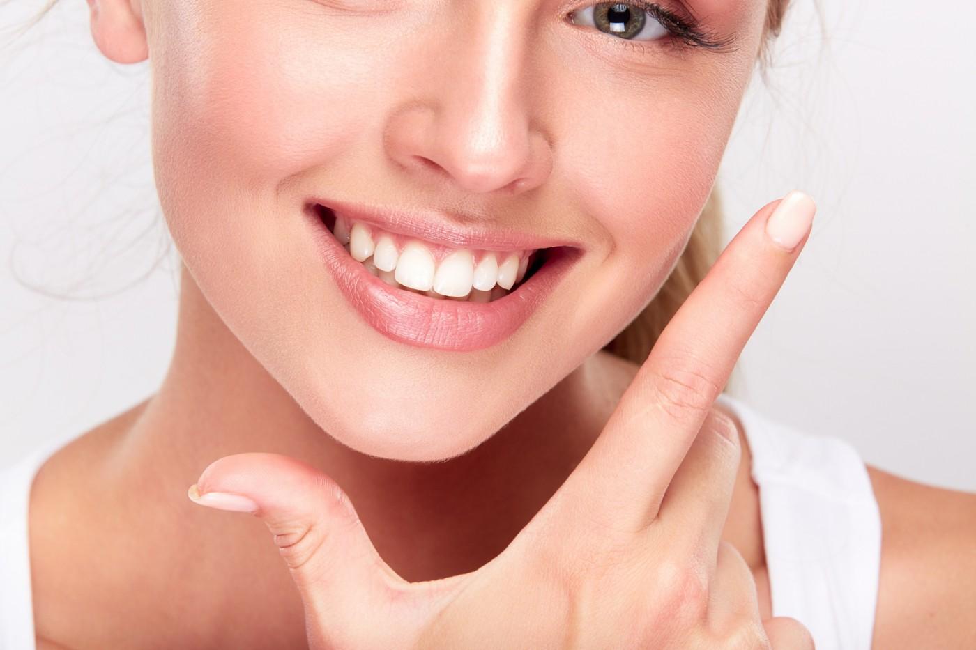 Contra implanturilor dentare: răbdarea este o virtute